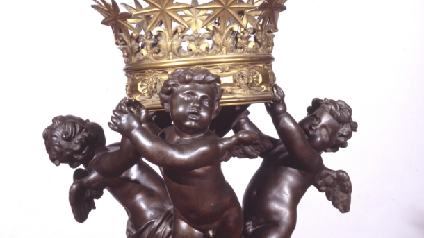 Gian Lorenzo Bernini and Alessandro Nelli, Decorative Ceiling Lamp, 1885, Bronze and gilded bronze, Palazzo Chigi, Ariccia. Sponsored in honor of Bruce and Kathy Poole with thanks from the museum trustees.